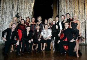 Här är hela teamet bakomk TV4:S nya danssatsning Let's dance.
