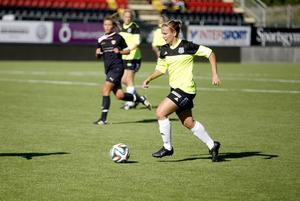 Frida Sjöberg kom tillbaka till ÖDFF från Sunnanå i sommar. Hon är laddad för att ta upp ÖDFF till Elitettan.