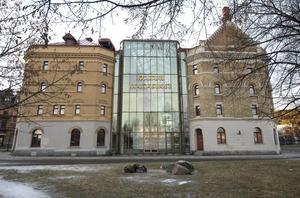 2015. I dag hittar man bland annat bibliotek, museum, Fotomuseet, butik, café, Medelpadsarkivet och mycket mer i Kulturmagasinet.