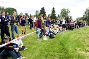 Det var många som ville se invigningen av årets Fäviken game fair.
