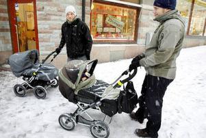 Marcus Kilander, Östersund– Det är spännande att se vad som händer med Stortorget och jag är lite nyfiken på hur belysningen ska bli där. Det är viktigt att det blir ett mysigt torg.Helge Scharf-Wramling, Östersund– Det skulle vara bra om det fanns bioföreställningar för mammor och pappor dit man kan ta med barnvagnen. Det saknas här.