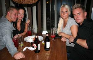 Tabazco. Mange, Emelie, Malin och Jimmy