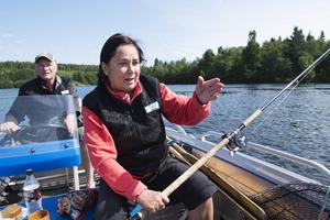 Pelle och hans hustru Mona-Lisa älskar att fiska. Bara under maj månad har de tillbringat 90 timmar med fiske i Indalsälven.
