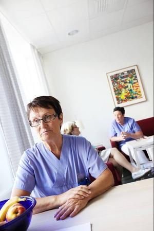 Det finns inte en chans att patienterna ska hinna med en PET/CT över en dag, konstaterar sjuksköterskan Agneta Vännström på nuklearmedicin i Umeå.