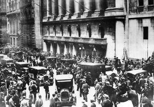 Börskraschen på Wall Street i New York gav eko i hela världen. Paniken spred sig bland börsmäklare och aktieägare vilket fick marknaden att kollapsa. Det skulle även komma att påverka Nynäshamn.