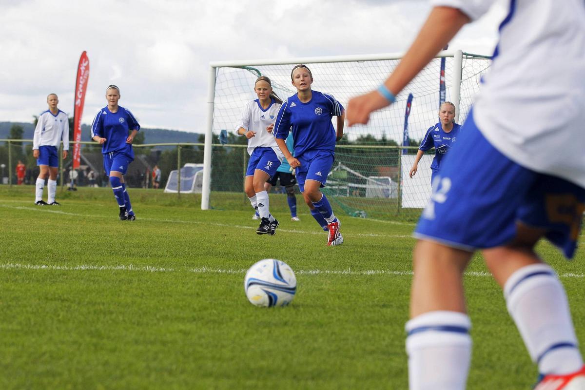 ÖP LT livesänder 16 matcher från Storsjöcupen cb68583878f39