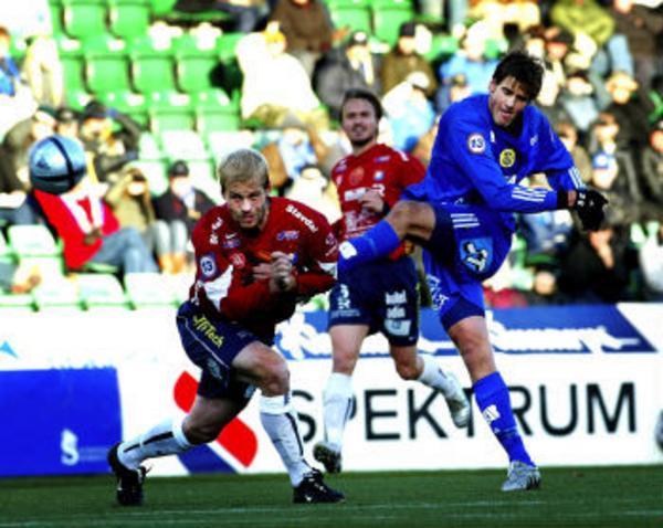 Mikael Dahlberg och GIF Sundsvall avslutade fiaskosäsongen 2005 med en seger. 3-2 mot Örgryte är alltid nåt att glädjas åt.