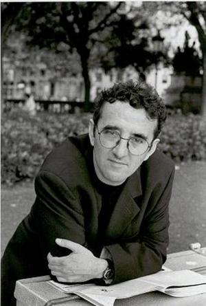 mästerlig. Chilenaren Roberto Bolaño avled 2003.