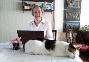 Ingegerd Municio är tacksam över att hennes syster fick en så fin begravning som verkligen speglade vem hon var. Det och katten Kitsy, som Ingegerd fick ärva, är två fina minnen som hon har kvar av sin syster.