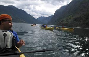 Nærøyfjorden är Norges smalaste - perfekt för kajaker.   Foto: Johan Öberg