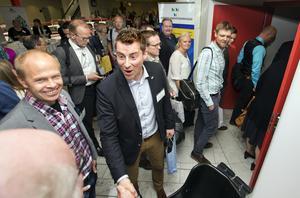 Mingel. 300 personer från hela landet samlas i går och i dag i Västerås för att lyssna, debattera och diskutera.