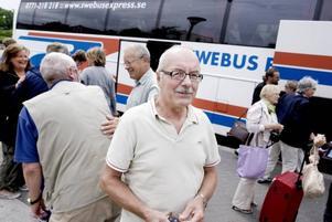 DAGENS HJÄLTE. Bosse Larsson är busschaufför men också mycket rutinerad hjärt- och lungräddare hos Röda korset. Det har en av hans passagerare på Stockholmsbussen sitt liv att tacka för.