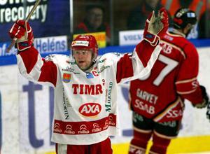 2003 sänkte lagkapten Markus Åkerblom Luleå i såväl SM-kvartsfinal match 1 som match 2. Den senare en klassisk maratonmatch som pågick i nästan sex perioder.