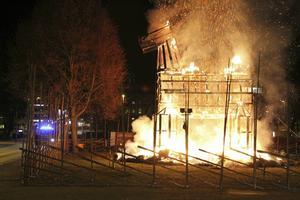 Den 27 december 2015 brann Gävlebocken på Slottstorget.