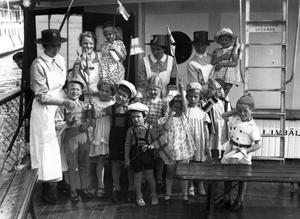 Framtidens hopp.  För hundra år sedan fick barnen större uppmärksamhet i politiken. De representerade en framtid utan fattigdom och orättvisor.