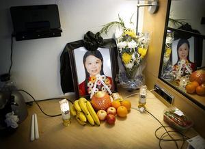 Utsatta. Föräldrar till den mördad kinesiska studenten Chen Hao har bott på hotell under sin vistelse i Örebro. ArkivBild: Pavel Koubek