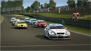 """SVÅRSLAGET. Det finns häftigare, arkadmässiga, racingspel. Men när det gäller realism är """"Race Pro"""" svårslaget."""