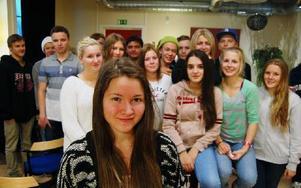 Efter skoltid samlades runt 25 niondeklassar i Rosa Huset för att planera nästa steg i toleransprojektet. Foto: Linnea Kallberg/DT