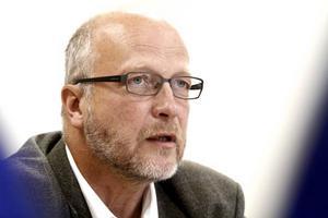BESÖKTE CITY GROSS. Socialdemokraternas arbetsmarknadspolitiske talesperson Sven-Erik Österberg.Foto: Annakarin Björnström