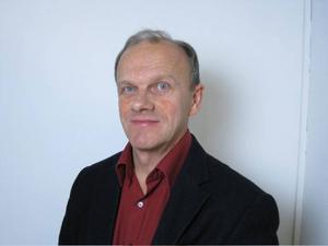 I fredags försvarade Tryggve Hemmingsson sin doktorsavhandling och det kommer sannolikt att leda till omvärdering av tidigare forskningsresultat bad gäller N0, Kväveoxid, på hög höjd.
