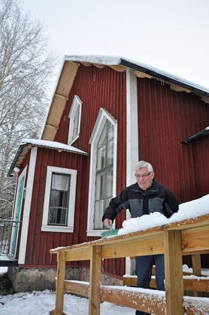 ROLIGT. Sune Arkegrim bor inte längre i bygden - men jobbar gärna för att bygden ska leva upp. Under krigsåren gick han i skola i missionshuset.