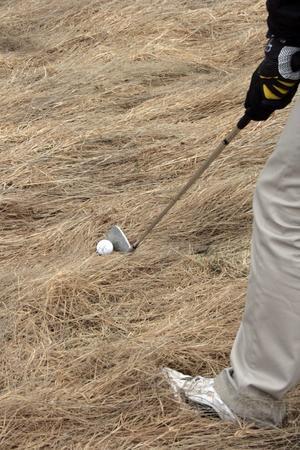 Det har gått många månader sen förra golfrundan och Micke Andersson tycker att det känns lite ringrostigt emellanåt.