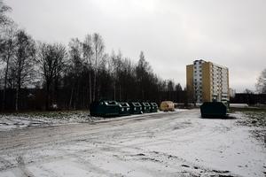 Om planförslaget blir verklighet kan återvinningsstationen få maka på sig till förmån för ett bostadsbygge i fem våningar.