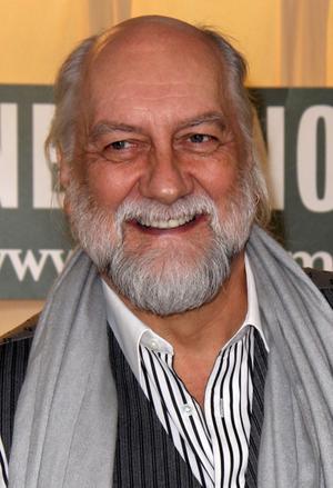 Mick Fleetwood firar 42 år med sin grupp.