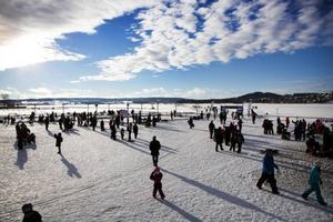 Invigningen av Vinterparken blev en succé mätt i väder. Solen sken och kylan var knappt påtaglig. Nu har Östersund officiellt vaknat till liv.