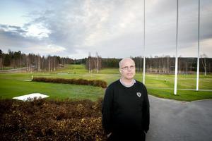 Magnus Bolinder, intendent på Hagge, kan se tillbaka på en hyfsad säsong trots allt regn som föll. Till nästa år laddar man för jubileum och riksmästerskap.