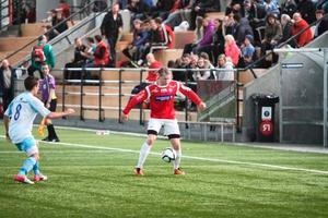 Emil Skogh under en träningsmatch med Kongsvinger.