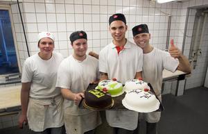 Malin Andersson, Mikael Andersson, Viktor Liljeqvist och  Patrik Liljeqvist på Vansbro konditori, även känt som Håkanssons.