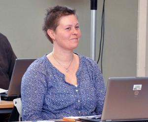 Årecenterns Anna-Lisa Hoflén lämnar posten som ordförande i Åres socialnämnd. Det blev för svårt att kombinera med barn och med jobb, säger hon