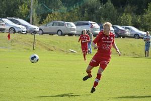 Oskar Lindmark gjorde två mål och var Anundsjös bästa spelare mot Selånger.    Foto: Sören Häggkvist