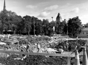 5 augusti 1987. Intresset från allmänheten har varit stort, ingen har klagat över grävningarna.