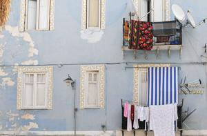 Husvägg i slitna men charmiga Palermo.   Foto: Ola Wickander/TT
