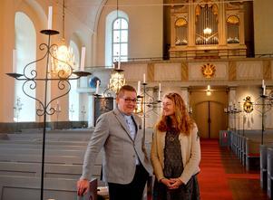 Mattias Rådbo och Ingrid Weilguni Larsson är glada över föreläsningsserien som de hoppas ska kunna hjälpa människor mitt i livet att bli mer harmoniska.
