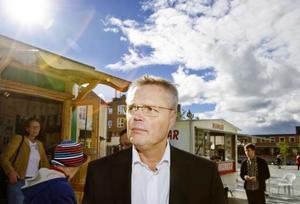 Jöran Hägglund har fått några erbjudanden som han ska fungera över.