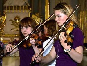Maja Hedén, Anna Nylander och Erica Roos var några av eleverna som spelade när kulturskolan i Berg hade våravslutning i veckan.Foto: Per Norbin