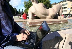 Att blogga har blivit en trend bland ungdomar.