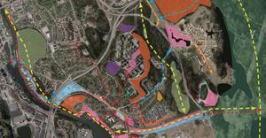 Det är det orange bananformade området i mitten av bilden som boende på Kummelvägen vänder sig emot att kommunen vill bygga i eftersom de tycker att det stör grönområdet. Kommunen vill i stället satsa på att utveckla den gröna kilen intill, mellan befintliga bostäder och väg 225 som på kartan är delvis ljusgrönt med en grön pil som visar stråkets sträckning.