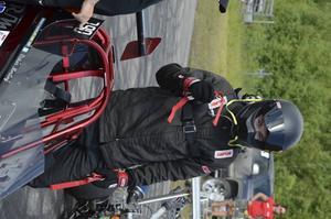 Oskar Norling från Söråker kör Juniordragster.