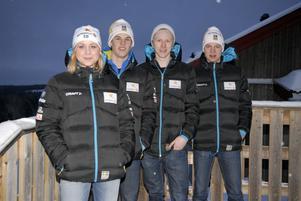 Fyra femtedelar av dalainslagen i junior-VM, Från vänster: Julia Svan, Karl-Johan Dyvik, Oscar Svensson och Oskar Ivars. Den som fattas är IFK Moras Stina Nilsson som i helgen kör sprint i Tjeckien med seniorlandslaget.