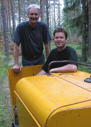 Tågtokiga. Far och son, Staffan och Erik Eronn, visade upp sin hobby järnväg vid Närsen.