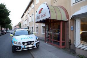 Här, på hotell Arkad i Västerås, bodde Kjell Gustafsson. Och rånades på fredagskvällen på en stor summa pengar.
