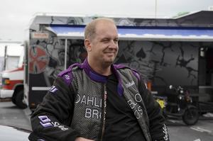 Mattias Wulcan, Linköping, är tillbaka efter sin svåra krasch. Men nu kör han Top doorslammer i stället för Pro mod och körde imponerande 3,69 i elminineringen.