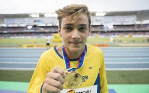 Armand Duplantis, som tävlar för Avestaklubben IK Stål, vann guld vid ungdoms-VM i friidrott.