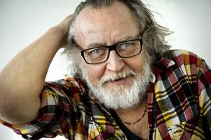 Ulf Lundell går det angrepp mot Per Wästberg om Nobelpristagaren Bob Dylans eventuella oartighet.