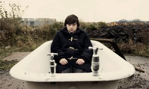 """Tonårslivets plågor skildras i """"Submarine"""", som handlar om 15-årige Olivers (Craig Roberts) problem med kärlek och familjeliv."""