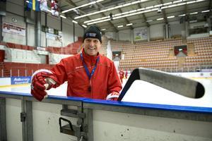 Roger Forsberg fortsätter som tränare i Timrå IK.
